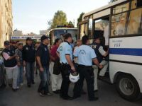 Üç KCK sanığı uzun tutukluluk sebebiyle tahliye oldu