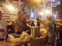 İzmir Öze Dönüş'ün Konak Meydanında nöbeti sürüyor