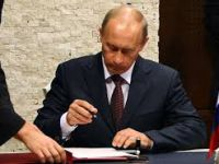 Putin son imzayı da attı