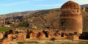650 yıllık tarihi türbe Hasankeyf'den taşınıyor