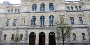 Belçika üniversitesinde Masonlar ve Katoliklerin mücadalesi rektörlük seçimlerini kilitledi