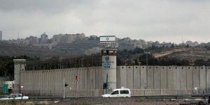 200 tutuklu daha açlık grevine başladı