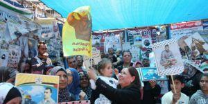 Açlık grevine son verilmesine Ramallah'ta kutlama