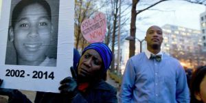 Amerikan adaleti: ABD'li polis, siyahi çocuğun cinayetinden değil, işe girerken yalan söylemekten kovuldu