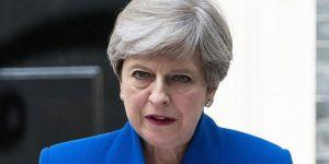600 bin İngiliz, May'in istifasını istedi
