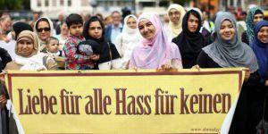 ALman Medyasından Çirkin Başlık''Müslümanlardan İslamcı teröre tepki''