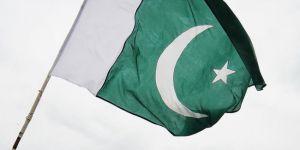 Pakistan İran'a ait İHA'yı düşürdü