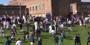 İngiltere'de Müslümanlara Otomobille Saldırı