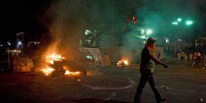 Venezuela'da Taraflar Çatışma İnadından Vazgeçmiyor