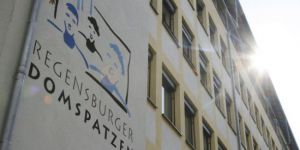 Almanya: Katolik Kilise korosunda '60 yılda 547 çocuk istismara uğradı'