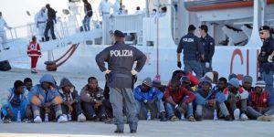 İtalya'nın Göçmen Sorunu Büyüyor