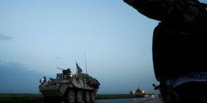 Çekên ku Amerîkayê ji YPGê re şandin ji 800 tirî derbas kir