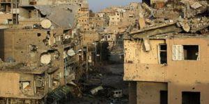 Deyr ez Zor'da bombardıman: 60 ölü