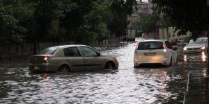 Meteoroloji'den 12 il için kuvvetli yağış uyarıs