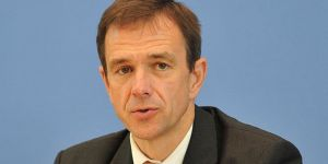 Almanya: Türkiye'nin Adil Öksüz talebi incelenecek