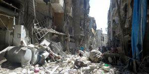 Hama'da hava saldırısı: 50 ölü