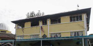 Malezya'da yangın: 24 ölü