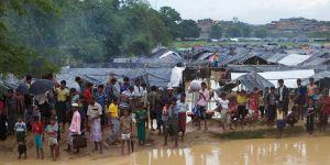 Bangladeş'e sığınan Arakanlı Müslümanların sayısı 421 bine ulaştı