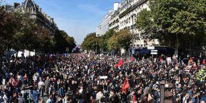 Fransa'da çalışanlar ikinci kez meydanlara indi