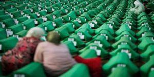 Srebrenitsa katliamı: 'Bu çayırlar ölülerle dolu'