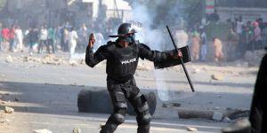 Pakistan'da hükümet, orduyu göreve çağırdı