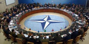 NATO dışişleri bakanları yarın Brüksel'de bir araya gelecek