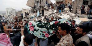 Suudi Arabistan Yemen'i vurdu: Onlarca ölü var!
