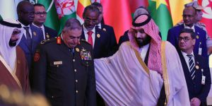 Suudi Arabistan'daki yolsuzluk gözaltılarında ilk büyük tahliye