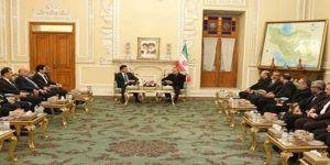 İran: Kürtlerin hakları temin edilmeli