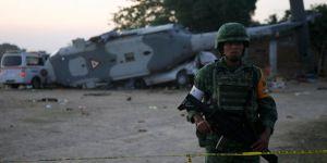 Meksika'da askeri helikopter düştü: 13 ölü