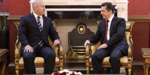 Barzani: Anayasa ihlalleri devam ederse, sessiz kalamayız