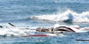 Ege'de göçmenleri taşıyan bot battı: 6 ölü, 11 kayıp