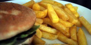 Dışarıda yemek zararlı kimyasallara maruz bırakabiliyor