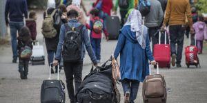 Hollanda karayoluyla gelen sığınmacıları geri gönderecek