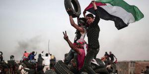 İsrail'in katliamına rağmen Gazzeliler sınıra akın ediyor