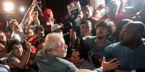 Brezilya Devlet Başkanı Lula, polise teslim oldu