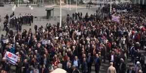 CHP'den OHAL'e karşı Türkiye genelinde oturma eylemi