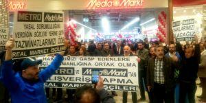 İşçilerden halkla birlikte AVM içinde eylem