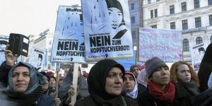 Avusturya'da İslamofobik saldırıların yüzde 98'i kadınlara yapılıyor