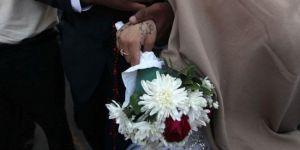 Abluka altındaki Gazze'de gençler evlenemiyor