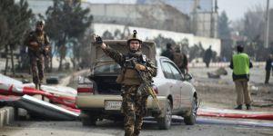 Afganistan'da 3 ayrı intihar saldırısı