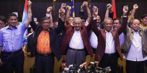 Malezya'da Mahatir Muhammed zaferini ilan etti