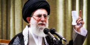 Hamaney: İslam Ümmeti, ABD ve Siyonistlere Direnmelidir