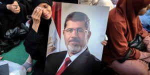 Bugün Batının Teşvikiyle Sisi'nin Kanlı Darbesinin Yıl Dönümü