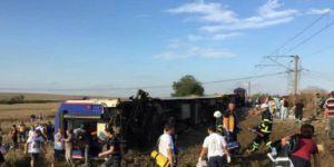 Tren kazası 10 ölü, 73 yaralı var