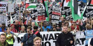 Protesteyên li dijî kombûna bilind a NATO-yê dest pê kirin