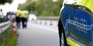 Almanya'da otobüste bıçaklı saldırı: 14 yaralı