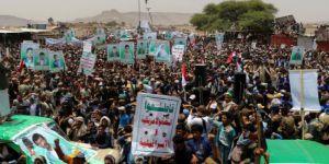 Katledilen Yemenli çocuklar için toplu cenaze düzenlendi