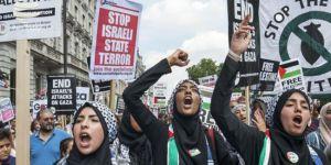 Gelê Îngîltereyê bandora-tesîra siyonîzmê protesto dike