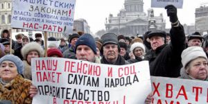 Rusya'da emekliler ayaklandı